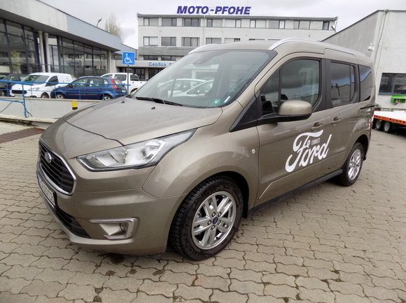 Ford Connect Titanium